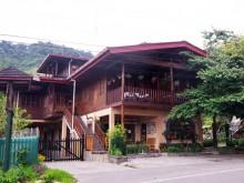 Hotel Quetzales